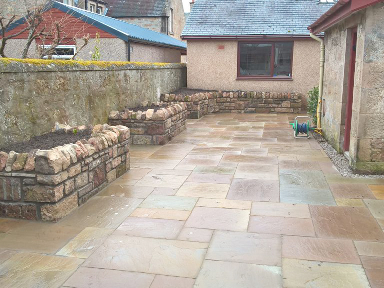 Natural Stone Walling planters